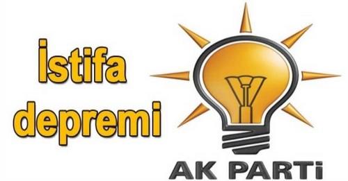 AKP'DE İSTİFA DEPREMİ