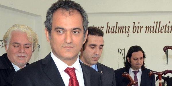 Mahmut Hoca, Milli Eğitim Bakanı oldu…